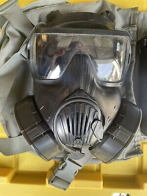 $699.99 • Buy AVON M-50 PROTECTIVE GAS MASK SIZE LARGE W/Extra Filter Excellent Condition