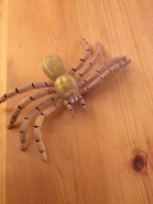 £2 • Buy TARANTULA BEIGE/CREAM SPIDER Plastic Scary Toy Insect  Bug Good Condition