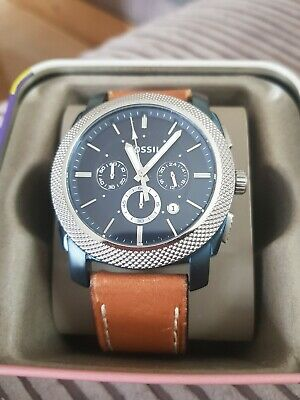 View Details Mens Large Fossil Watch  • 32.00£