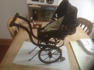 £15 • Buy Old Fashion Baby Carage Wicker This Is Collection Only Age Unknown Pram