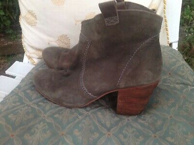 £13 • Buy BODEN GREY/GREEN SUEDE ANKLE BOOTS SIZE 6 Rrp £140