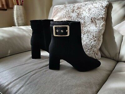 £11 • Buy New Marks And Spencer Ladies Black Wide Fit Buckle Ankle Chelsea Boots M&S Boots