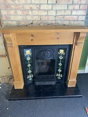 £100 • Buy Victorian Style Fire Place, Gas Fire, Decretive Only.