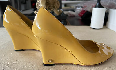 AU139 • Buy Gucci Wedge Shoes , Size 35,  Patent Leather ,