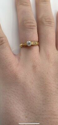 £250 • Buy 18ct Yellow Gold Diamond Solitaire Ring With Diamond Shoulders, Size N