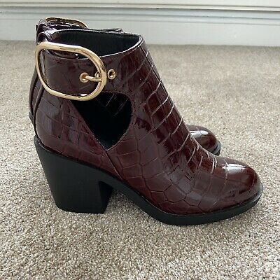 £5 • Buy Topshop Burgundy Snake Print Patent Boots With Cut-out Size 3