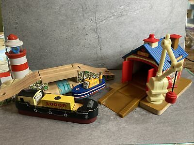 £57.95 • Buy Thomas Wooden Railway Captain's Shed With Crane And Bulstrode And Lighthouse