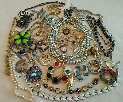 $ CDN1.23 • Buy Huge Quality Vintage Jewelry Lot- Rhinestones, Pewter, Signed- Wrh-39 Pieces (6)