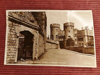 £0.99 • Buy Postcard 1955 Old Gateway And The Norman Tower, Windsor Castle G 4826