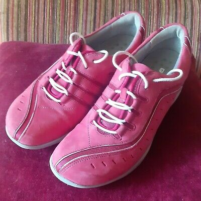 £6 • Buy Clarks Wave Size 5 Ladies Pink Trainers. VGC.