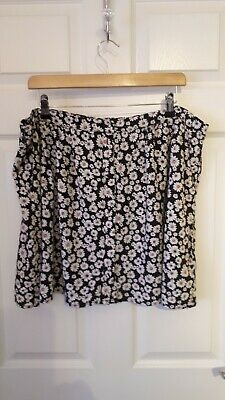 £3 • Buy NEW LOOK Black/White Floral Daisy Pattern Summer Skirt Size 18 *VGC*