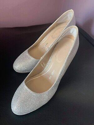 £5 • Buy Womens Formal Shoes/ Heels Silver Wedding/party Size 3 Wide Fit New Without Tags