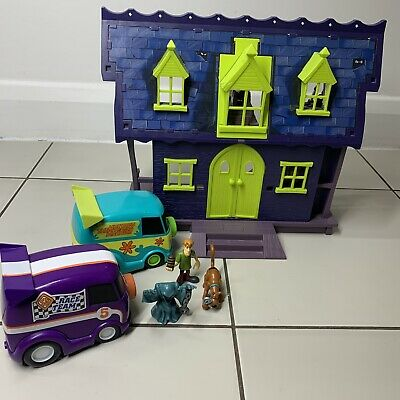 £34.99 • Buy Scooby Doo Haunted Mansion Set Figures Complete Mystery Machine Playset Figures