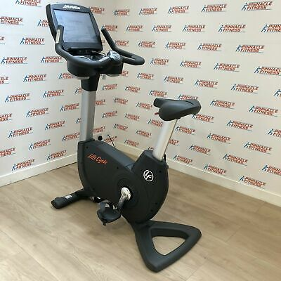 £1495 • Buy Life Fitness 95C Elevation Series Upright Bike With Engage Console