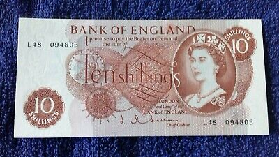 £8 • Buy Ten Shilling Note Signed By Chief Cashier J Hollom Uncirulated.