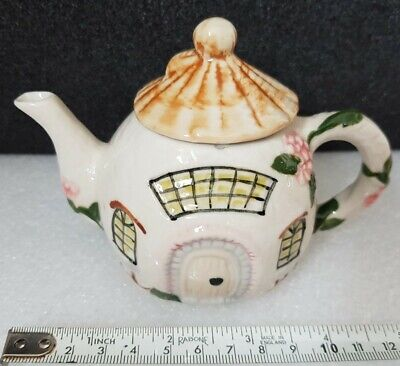£7.99 • Buy Small Novelty Cottage Teapot