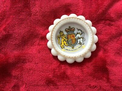£0.99 • Buy Little Collectable Coronation 1953 Plaque/plate.