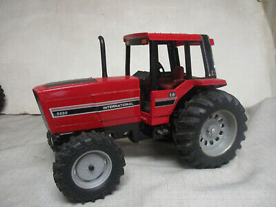 AU40.76 • Buy International Harvester 5288 MFWD Toy Tractor  1984 Special Edition  1/16 Scale