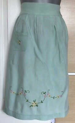£7.95 • Buy RETRO VINTAGE 1950's Green Flower EMBROIDERED HALF APRON / PINNY With POCKET VGC