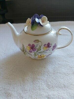 £16 • Buy Royale Stratford Viola Tricolor  The Country Cottage Teapot Collection C&W