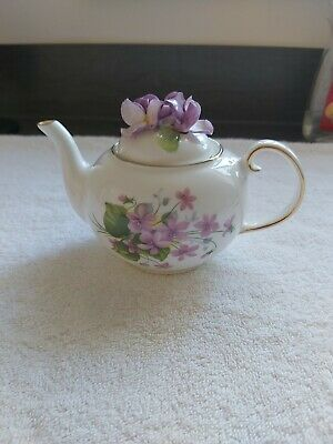 £24 • Buy Royale Stratford Sweet Violets  The Country Cottage Teapot Collection C&W