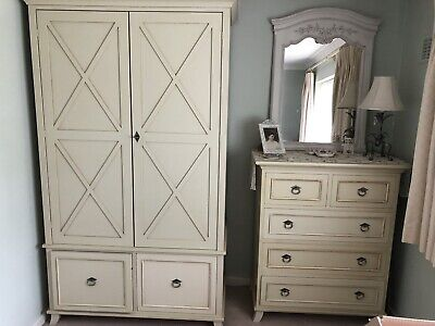£25 • Buy French Style Bedroom Wardrobe Set. In Excellent Condition. Hardly Used.
