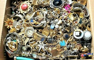 $ CDN23.91 • Buy 3 - 4 Lbs Jewelry Vintage Modern Huge Lot Junk Craft Box FULL POUNDS Pieces Part
