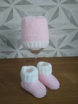 £2.25 • Buy Hand Knitted Baby Girl Pink And White  Hat  And Booties Size 0-3 Mths