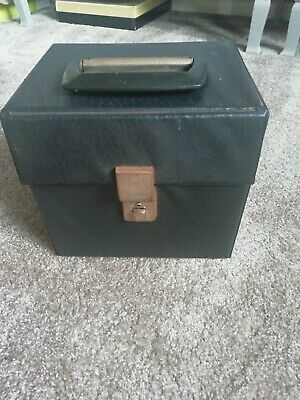 £1.50 • Buy 1970,s Vinyl Record Carry Case. Holds Approx 50 Singles.