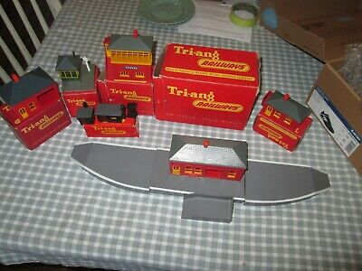 £39 • Buy Assorted Triang Railway Buildings- R80 Complete Station,Signal Box Etc-Boxed