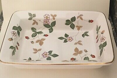 £16 • Buy Wedgwood Wild Strawberry Small Rectangular Serving / Butter Dish- Desirable Item