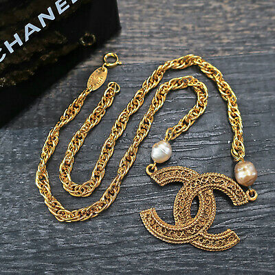 £225.50 • Buy CHANEL Gold Plated CC Logos Charm Vintage Necklace Pendant Choker #7054a Rise-on