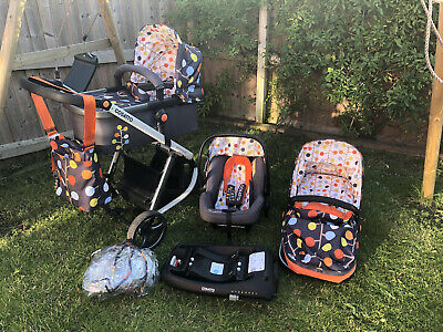 £125 • Buy Cosatto Giggle Travel System With Isofix