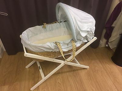 £35 • Buy Mamas & Papas Boys Scrapbook Moses Basket And Stand Excellent Condition