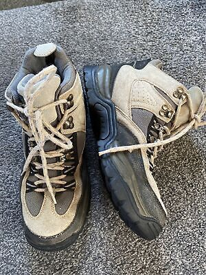 £2 • Buy Walking Boots From Peter Storm Size 7