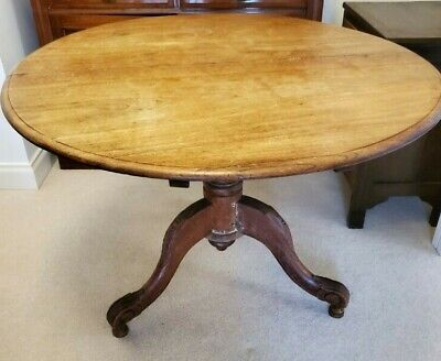 AU100 • Buy Antique Round Table With 4 Cane Chairs