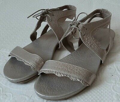 £22 • Buy Audley Women's Sandals Size 40/ UK 7  Gold/Ivory Leather