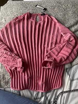 £3.20 • Buy Pink Pleated Top