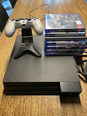 AU295 • Buy PS4 Pro 1Tb / 7 Games / USB Hub (x5) / Double Charger / As New Controller