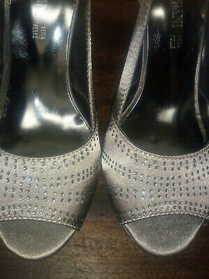 £15 • Buy New Solo Soprani Taupe Satin Sling Back Occasion Shoes  With Diamante,  Size 40.