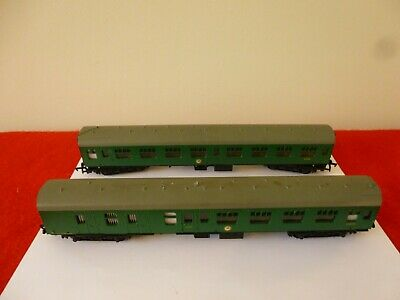 £12.99 • Buy 'oo' Gauge Mainline Two Unboxed Mark 1 Coaches In Green