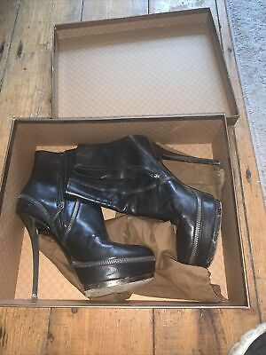 £50 • Buy Gucci Boots Size 39 Black Leather