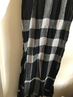 £30 • Buy Burberry Cashmere Blended Check Scarf
