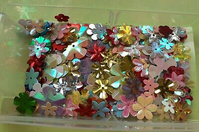 £0.99 • Buy Card Toppers Embellishments/toppers/card Making - Flower Sequins