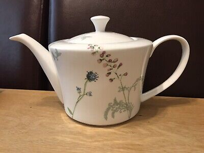 £30 • Buy Aynsley Large Camille Teapot