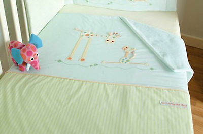 £12.99 • Buy Lollipop Lane Will I Be Big? Lightweight Quilt / New Born / Coverlet Cot/Cotbed