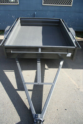 AU1550 • Buy 7x5 Box Trailer With 300mm Deep Side SHS Chassis 5 Leaf Spring Checker Plate