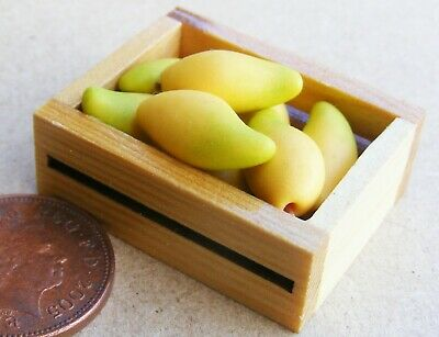 1:12 Scale Wooden Box Of 6 Sweet Mango's Tumdee Dolls House Kitchen Shop Fruit • 3.40£