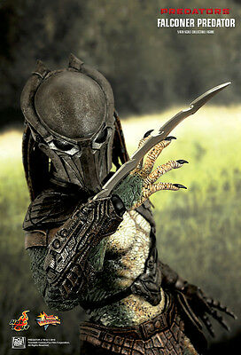 $ CDN250.09 • Buy Hot Toys Mms137 Predators: Falconer Predator Sixth Scale Collectible Figure