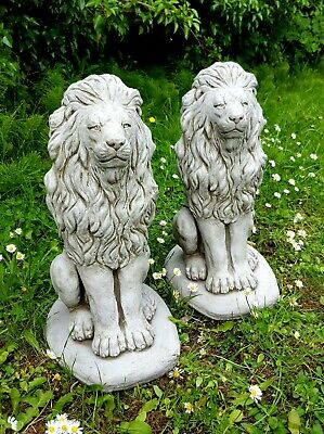 PAIR PROUD LIONS Medium Stone Statues Highly Detailed Garden Ornaments Decor • 79.99£